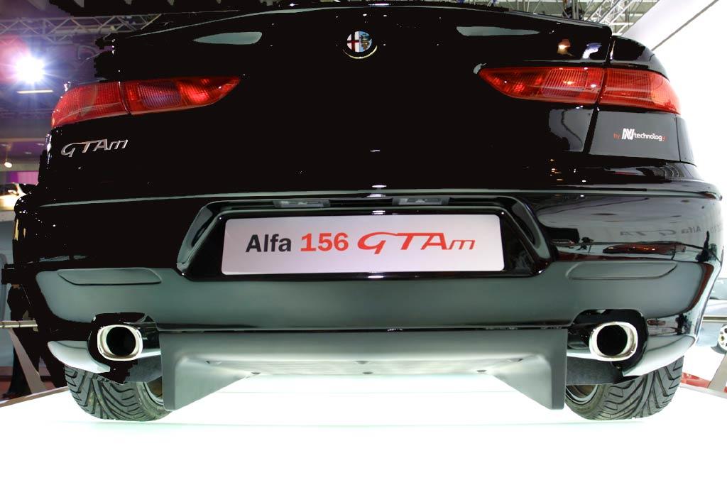 http://www.alfisti.ru/News/bologna/Alfa156GTAm10.jpg